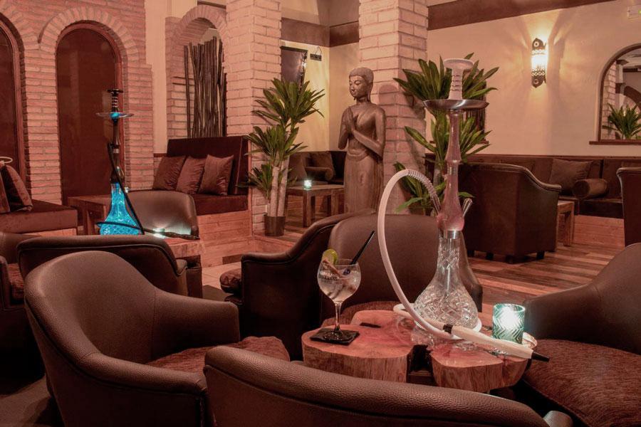 Salón Wooden Shisha Lounge Ibiza, tetería con shishas o cachimbas en Ibiza